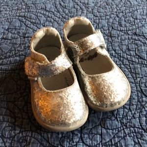 Pediped Grip n Go Silver Mary Janes, toddler sz 5